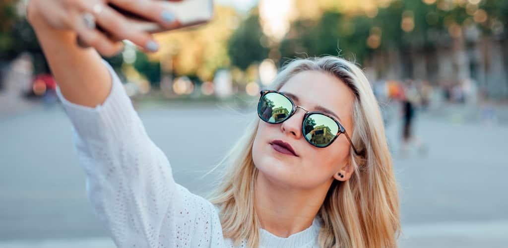 Hablando sobre el impacto de las redes sociales en los jóvenes